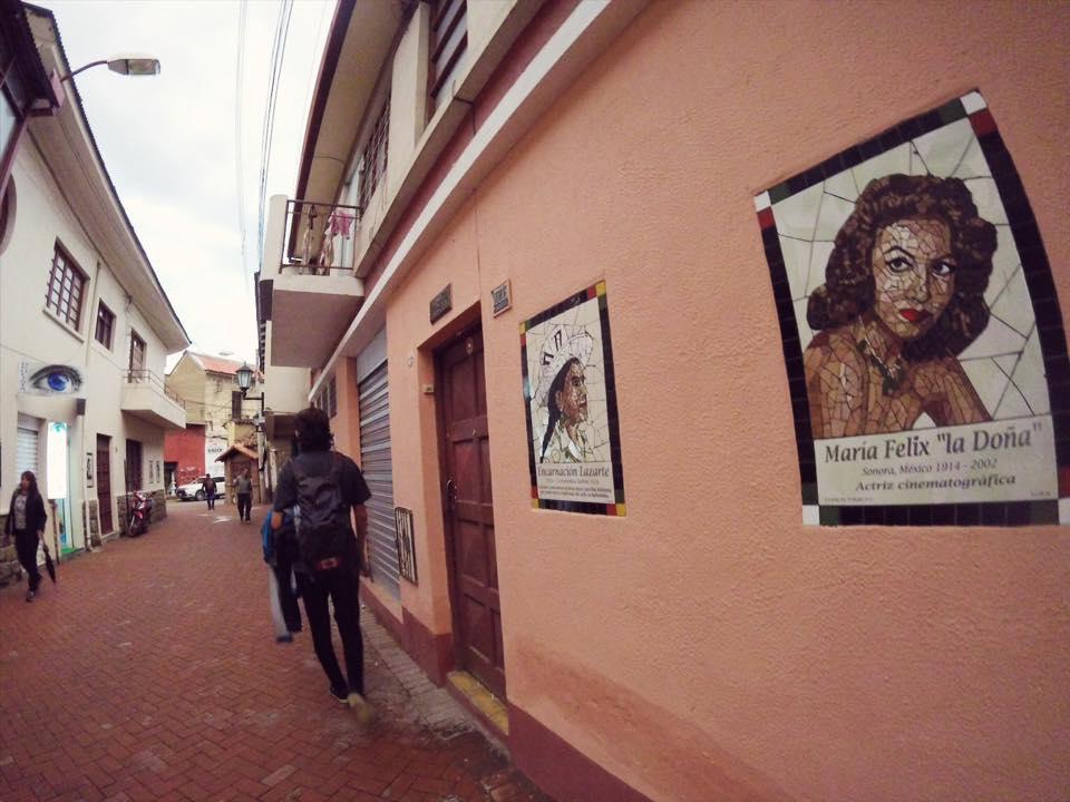 Mosaicos en el pasaje San Rafael uno de los 40 sitios turísticos en la ciudad de Cochabamba.